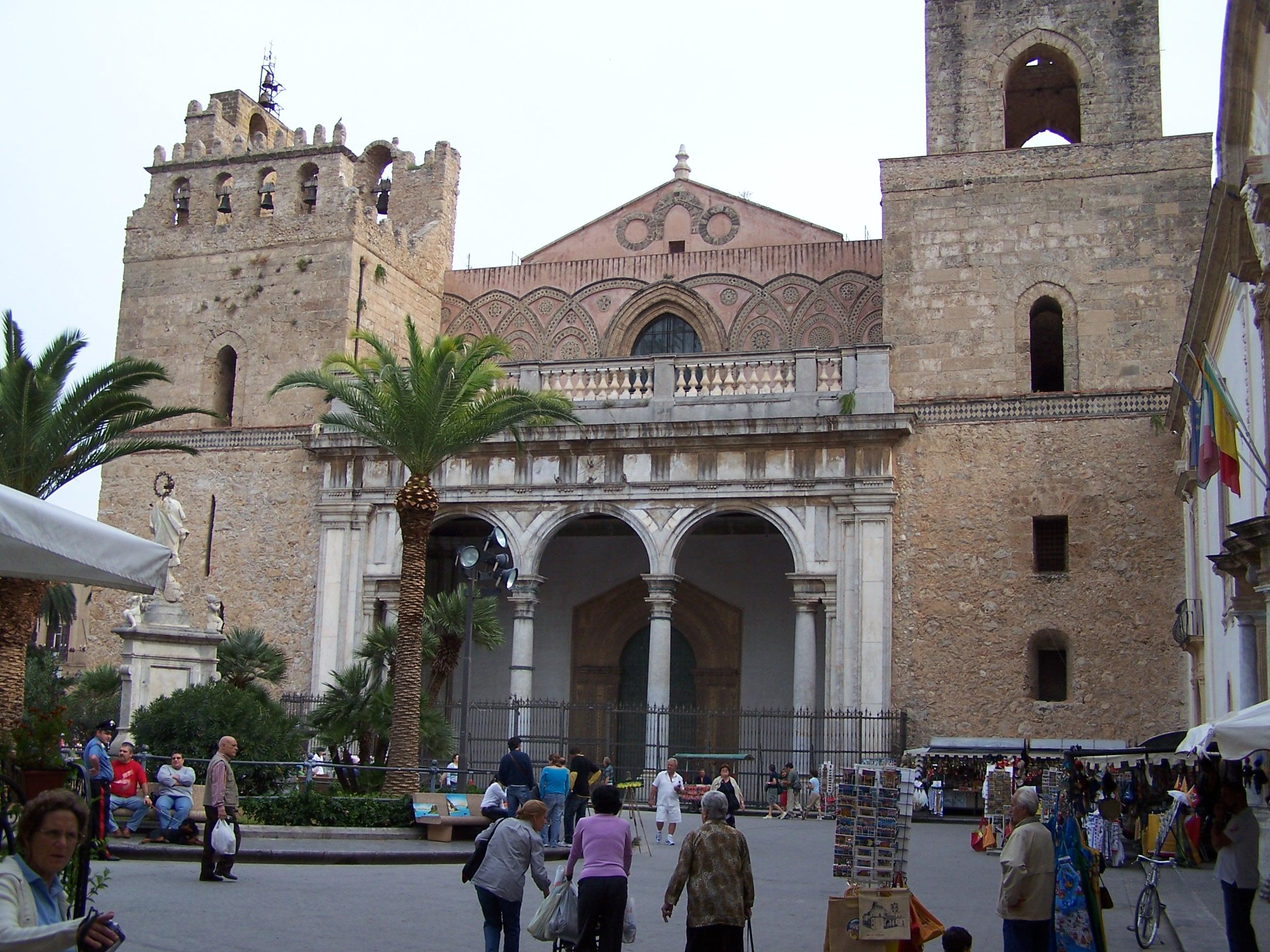 Monreale mooie kloosters in het kleine monreale - Verblijf kathedraal ...
